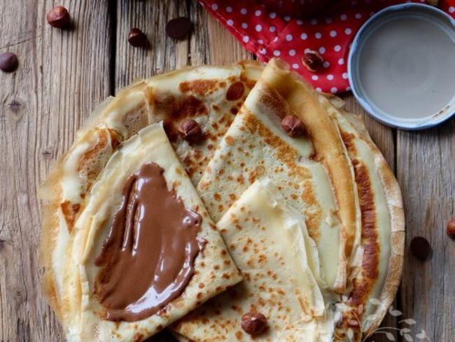 Crêpes et pâte à tartiner chocolat - noisette