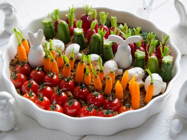 Le potager de Pâques houmous et légumes à croquer pour l'apéritif