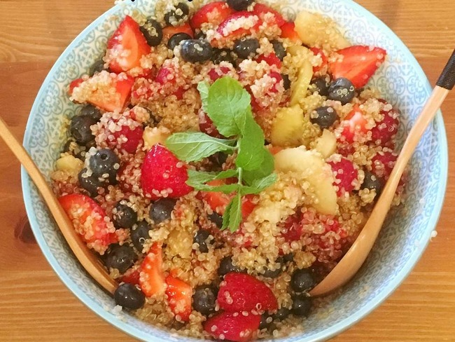 Ma salade de quinoa sucrée comme un taboulé aux fruits
