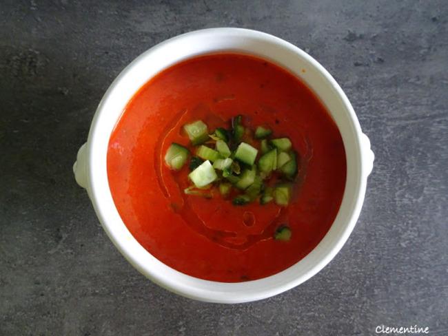 Soupe froide aux poivrons