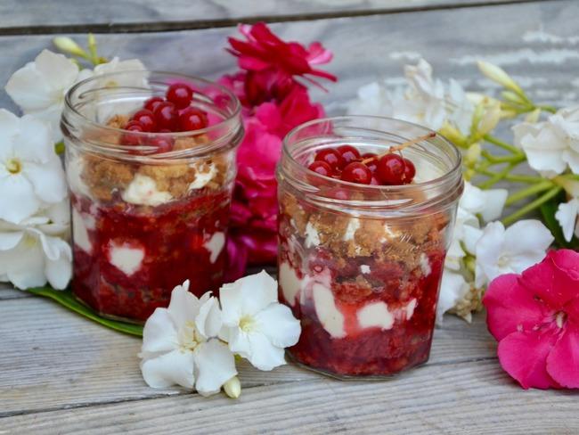 Crumble de fruits rouges au balsamique et crème de mascarpone