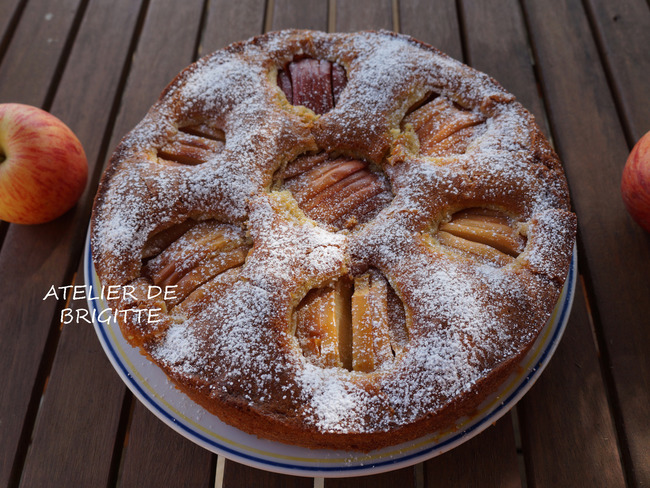 Sunken german apple cake