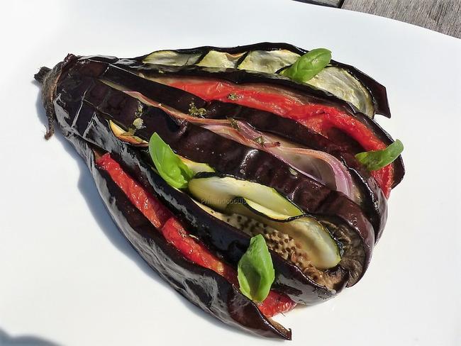 Tian provençal en éventail d'aubergine