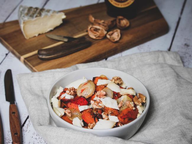 Potimarron rôti au sirop d'érable, noix de Grenoble et tomme d'Auvergne