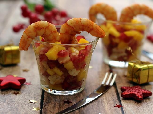 Verrines aux gambas et fruits exotiques