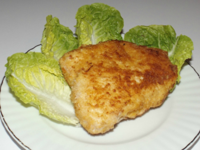 Cordon bleu au saumon fumé et au fromage à l'ail et aux fines herbes