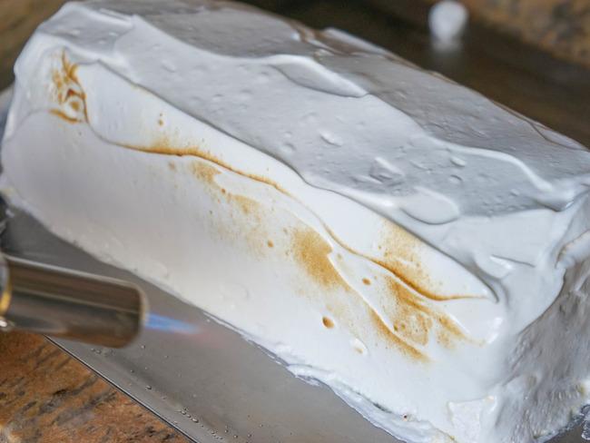 Utilisation du chalumeau en cuisine