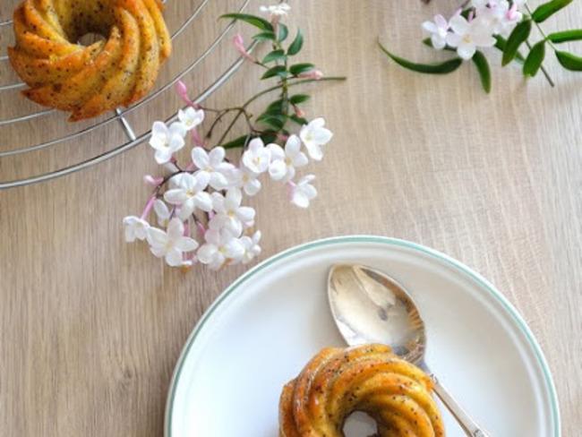 Mini-bundt au citron et graines de pavot