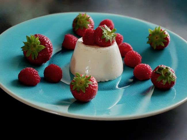 Panna Cotta aux fraises et aux framboises