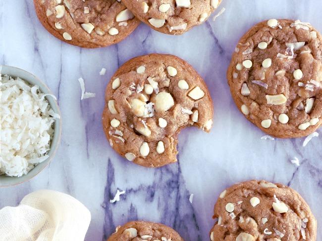 Cookies au chocolat blanc, coco et macadamia
