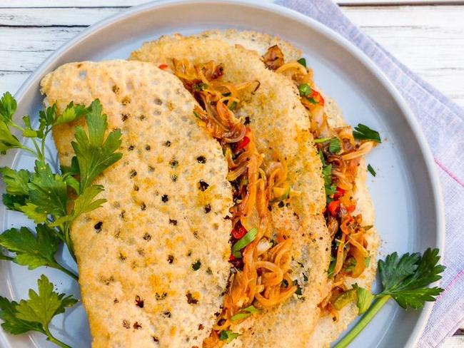 Dosa au chutney d'oignons, la crêpe indienne fermentée