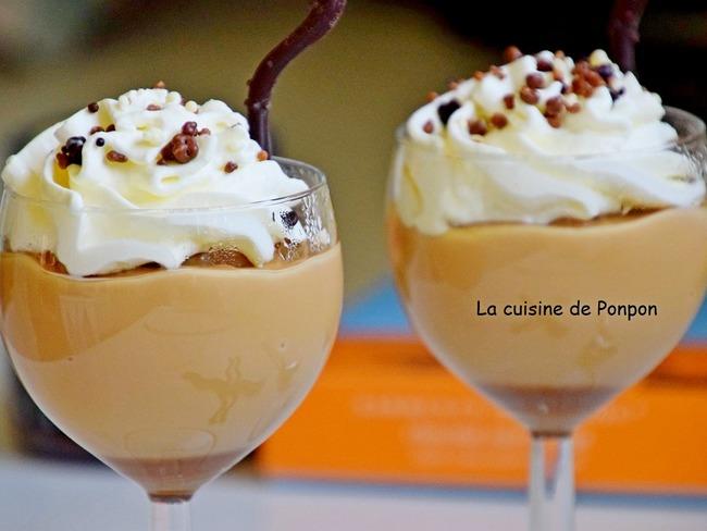 Crème à la confiture de lait Raffolé sur un lit de caramel au beurre salé Raffolé, sans oeuf