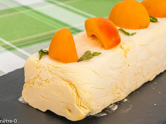 Parfait à la crème d'abricot