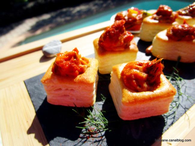 Mini bouchées apéritif poivron piment sauce aneth