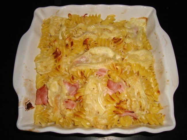 Gratin de torsades au jambon façon tartiflette