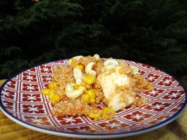 Wok de poulet au quinoa et au maïs
