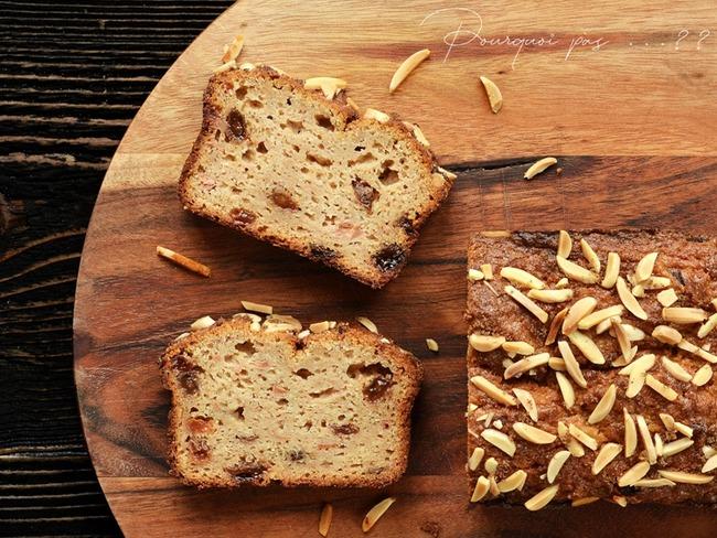 Cake aux coings, rhum raisins