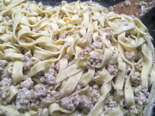 Tagliatelles au ragù et gorgonzola