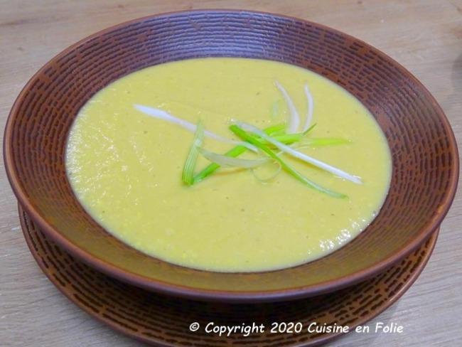 Velout fra cheur de c leri carottes poireau curcuma - Cuisine economique 1001 recettes ...