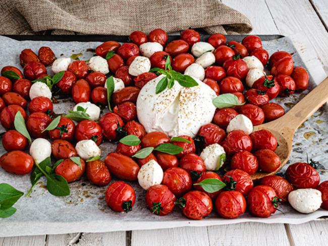 Salade de tomates rôties et mozzarella