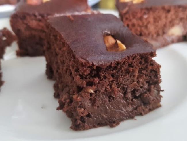 Gâteau au chocolat et purée de pommes
