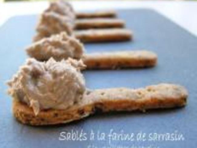 Sablés à la Farine de Sarrasin et Rillettes de Sardines au Citron Confit