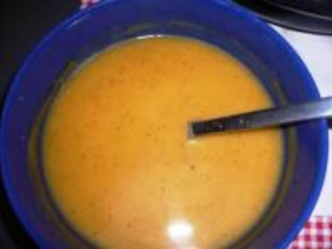 Soupe de Courgette Épicée