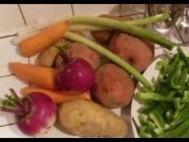 Soupe de Poivron et ses Légumes