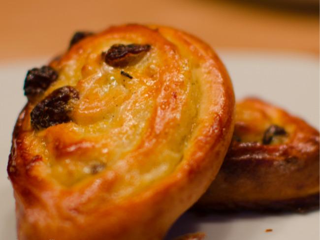 Petits pains aux raisins