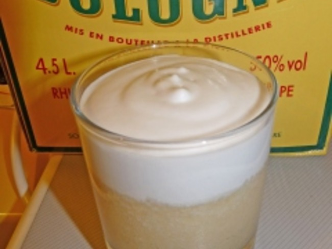 Crème de piña et chantilly colada