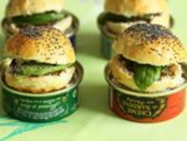 Mini burger à la tapenade et au beurre d'anchois