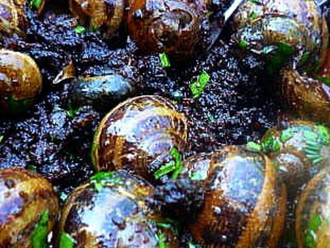 Tapa d'escargots et boudin noir