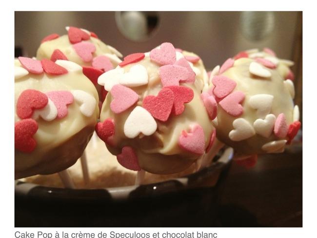 Cake pops à la crème de spéculoos et glaçage au chocolat blanc