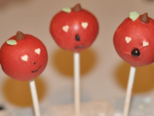 Cake pops déguisés en fruits