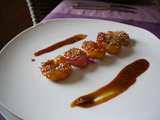 Brochettes de scampis au caramel d'oranges
