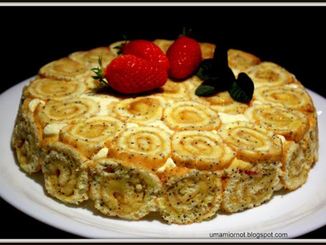 Bavarois citron pavot framboises et coulis de fraise