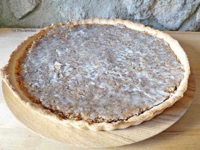 Gâteau à la noisette variante rhubarbe-amandes