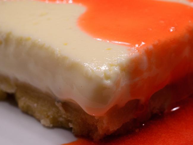 Cheesecake au citron vert et son coulis de fraises