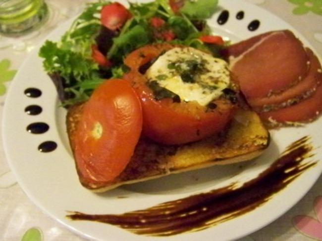 Tomates mozzarella façon Donna Hay