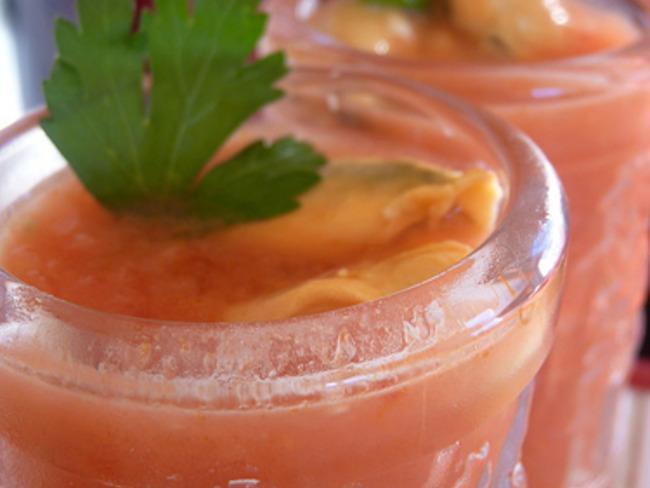 Gaspacho de tomates aux moules de bouchot