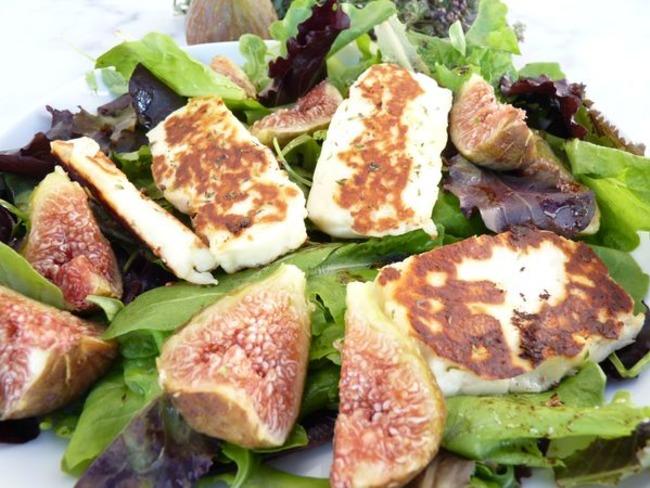 Halloumi frit en salade