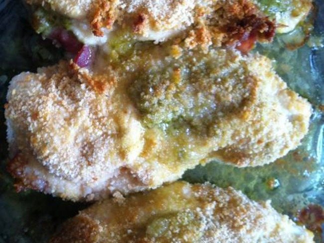 Escalope de Poulet farcie au Pesto et au lard