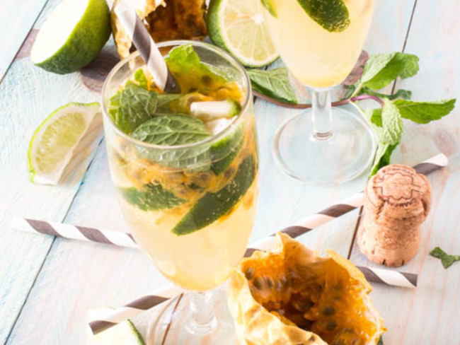 Mojito Royal au champagne et fruits de la passion
