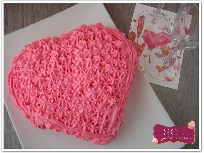 Gâteau en forme de coeur pour la Saint-Valentin