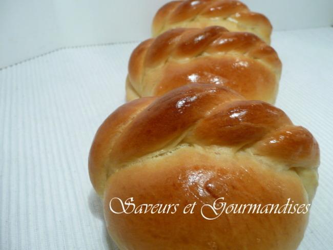 Petits pains ronds à la tresse