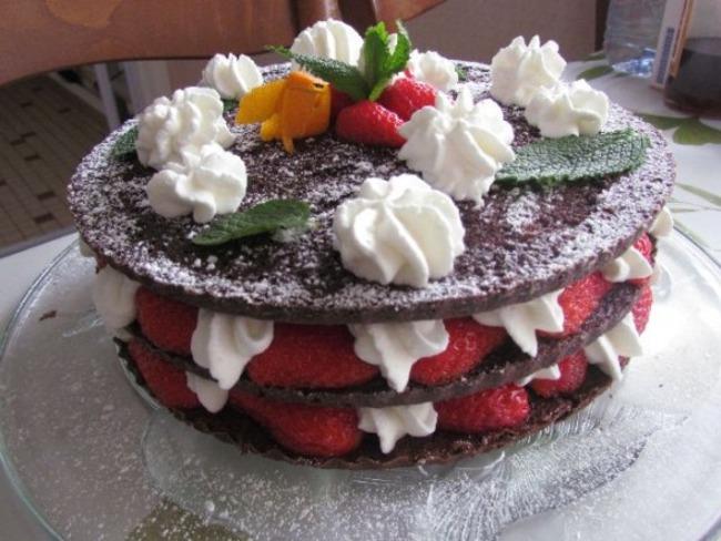 Forêt noire aux fraises