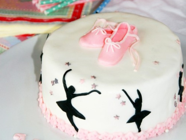 outlet store sale exclusive range various styles Ballerina cake Chocolat blanc framboises