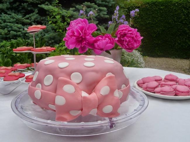 Gâteau Danniversaire Red Velvet Minnie Mouse