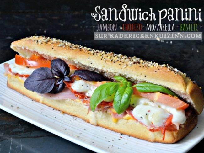 Sandwich panini au pain de mie, jambon, chorizo, mozzarella, tomate, basilic