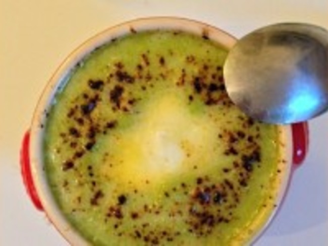 Crème de petits pois gratinée au Västerbottensost